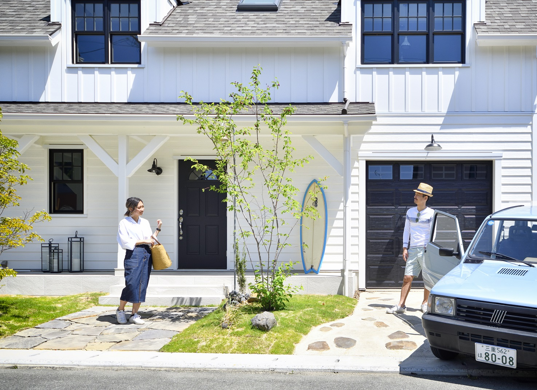 輸入住宅(カリフォルニアスタイル)の外観